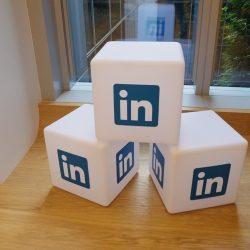 LinkedIn Ads vs. XING Ads: Which Business Network Offers Better Advertising Opportunities?